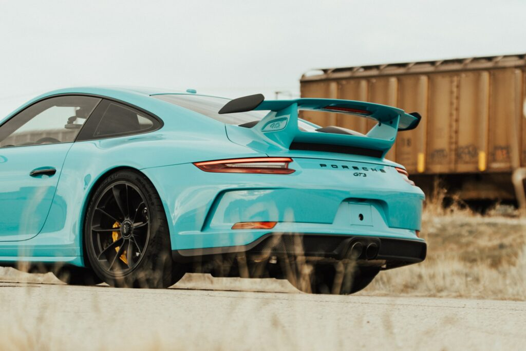 "My Porsche 911 GT3 ""goal car"" is a classic case of a low importance expense."